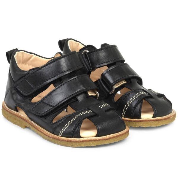 Lækre støvler i sort farvet skind fra Angulus. Se vores