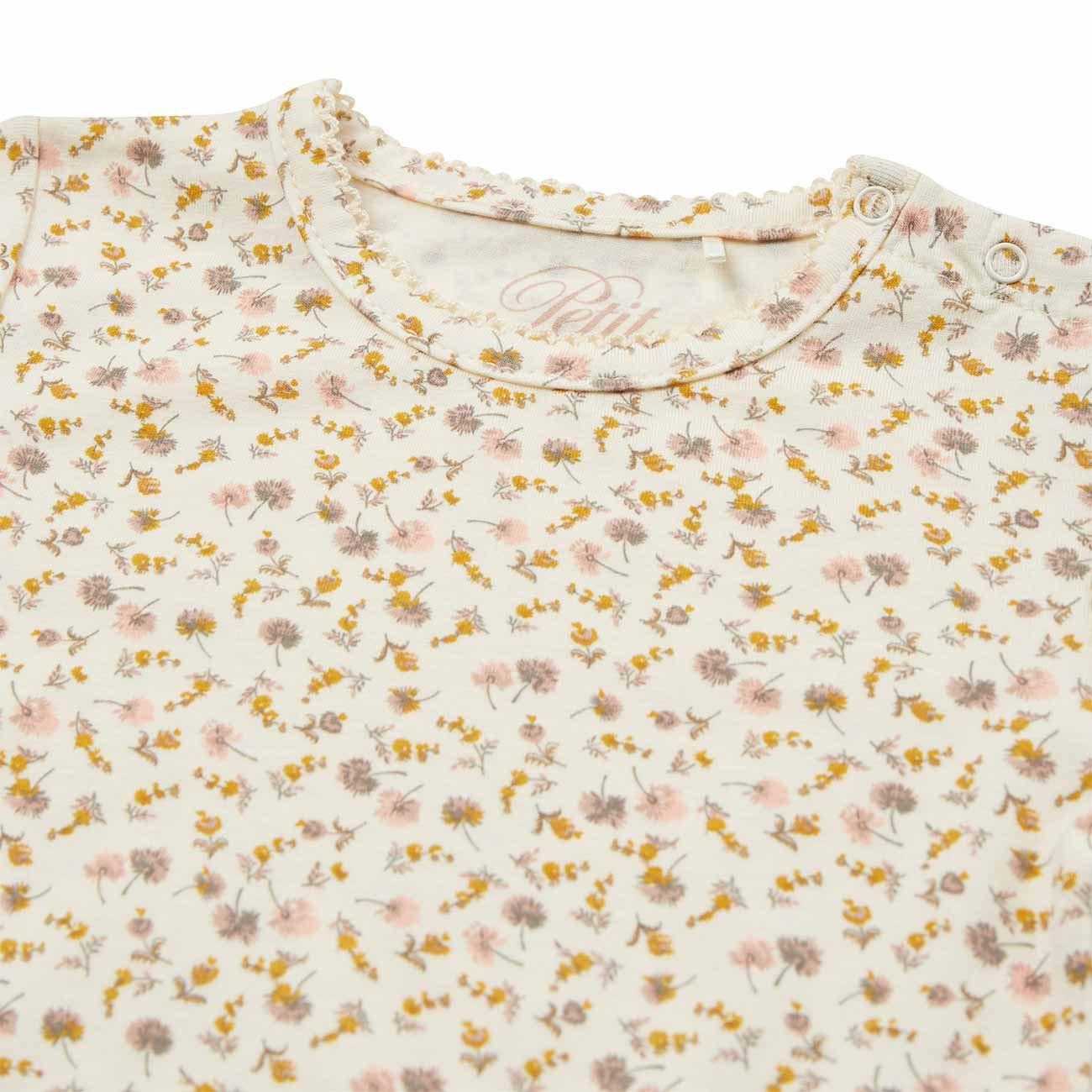 petit-by-sofie-schnoor-off-white-bodu-flowers-blomster