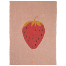 fermliving-fruiticana-blanket-strawberry-lyseroed-rose-taeppe-boernetaeppe-1