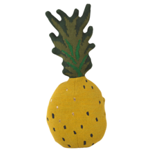fermliving-fruiticana-pineapple-pillow-pude-ananas-toy-leg-play-toys-legetoej-interior-1