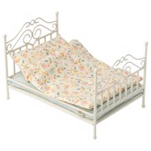 maileg-vintage-bed-micro-soft-sand-11-0110-00
