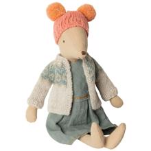 maileg-vintermus-winter-mouse-medium-girl-16-9782-00