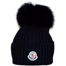 moncler-pompom-black-hue-hat-knit-1