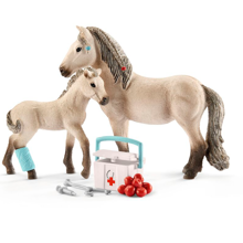 Schleich Horse Club Hannah's First Aid Kit