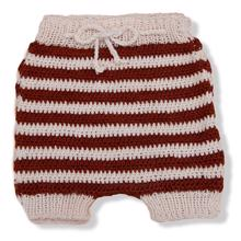 shirley-bredahl-knitted-shorts-strik-rust-roed-red-white-hvid-sprsum319-1